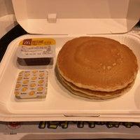 Photo taken at McDonald's by Motoi A. on 11/15/2017