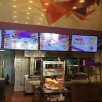 Photo taken at Shawarma.Plus by 🐠💛💙🔰Jujeta😽♊️🃏🌠🍀 on 4/3/2017
