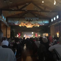 Photo taken at Ebenezers Barn & Grill by Theresia S. on 5/15/2017