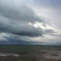 Photo taken at Küçükkuyu Plajı by emre y. on 2/10/2013