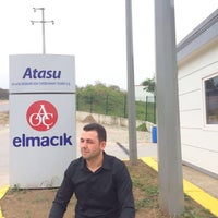 Photo taken at AOÇ Atasu Elmacık Su Fabrikası by Ali D. on 11/25/2016