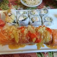 Снимок сделан в Hana Japanese Restaurant пользователем Teresa 3/21/2013