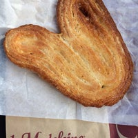 Photo taken at la Madeleine French Bakery & Café Mandeville by Teresa on 1/20/2014