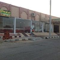 Photo taken at سوق الخضار والفواكه by madani b. on 6/2/2013
