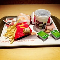 Photo taken at McDonald's by Sasha ⭐️ B. on 3/28/2013