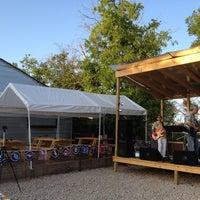 Foto tomada en Ten Bells Tavern por Deborah C. el 7/29/2012