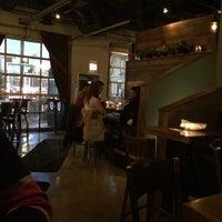 3/28/2014 tarihinde shannon s.ziyaretçi tarafından G&O Chicago'de çekilen fotoğraf