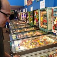 Foto tirada no(a) Seattle Pinball Museum por Aaron W. em 3/30/2013