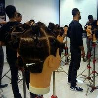Photo taken at L'Oréal Professionnel by Guilherme A. on 11/5/2012