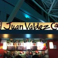 Photo taken at Juan Valdez by Darote K. on 9/26/2012
