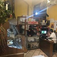 Foto scattata a Ristorante Pizzeria Alberto's da Paulo A. il 12/21/2017