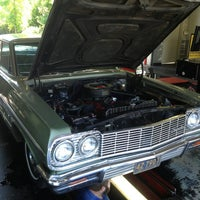 Photo taken at Valvoline Instant Oil Change by Gary D. on 8/17/2013