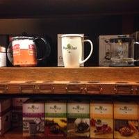 Photo taken at Peet's Coffee & Tea by Iker H. on 1/11/2016