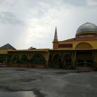 Photo taken at Masjid Tok Bandar by Nazmi A. on 9/14/2013