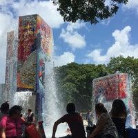 Photo taken at Parque Luis Muñoz Marín by Jess on 7/23/2016