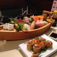 Foto tirada no(a) Sendai por Willian N. em 2/26/2014