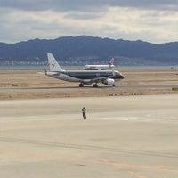Photo taken at KIX Gate 25 関西国際空港 25番ゲート by JJ on 2/13/2014