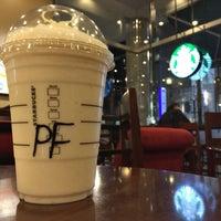 Photo taken at Starbucks by shin g. on 1/11/2017