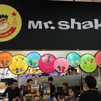Photo taken at Mr. Shake by Teatimed on 11/19/2016