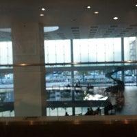 Photo taken at Tully's Coffee by Nobuaki U. on 12/14/2012