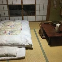 Photo taken at 姫川温泉 ホテル朝日荘 by 未知 on 3/25/2018