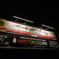 Photo taken at Manoa Valley Theatre by Drake ドレイク摂津 on 5/20/2017