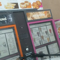 Photo taken at Dunkin' Donuts by José A. L. on 4/10/2018