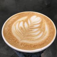 Снимок сделан в Joe: The Art of Coffee пользователем Kathleen 10/14/2017