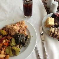 3/3/2013 tarihinde Semen S.ziyaretçi tarafından Hilton Istanbul Executive Lounge'de çekilen fotoğraf