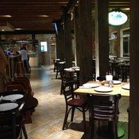 Foto diambil di Pizza Cala oleh Gabriela N. pada 3/7/2013