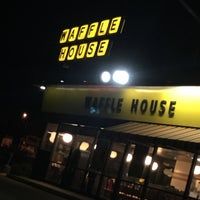 Photo taken at Waffle House by Blazinmadhydro #. on 1/20/2016