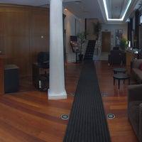 Foto tomada en Hotel Quatro Puerta del Sol por Stephan S. el 5/4/2016
