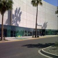 Foto tomada en Galerias Mall por Luis F. el 3/18/2013