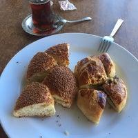 Photo taken at Kent Cafe Unlu Mamülleri by Sıla K. on 7/7/2017