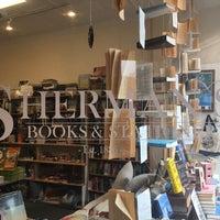 11/15/2016에 paddy M.님이 Sherman's Books and Stationery에서 찍은 사진