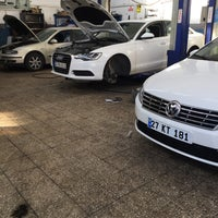 Photo taken at Kartal Oto VW Audi Özel Servis by Mustafa Ö. on 7/10/2017