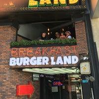 Foto tomada en Burger Land | برگرلند por Mahdi A. el 9/29/2016