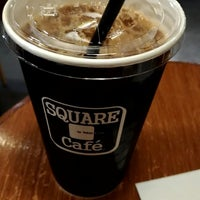 Photo taken at SQUARE Cafe (スクエアカフェ) 蔵前店 by sawashim y. on 11/4/2017