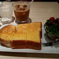 Photo taken at CAFFE CALMO by sawashim y. on 6/8/2017