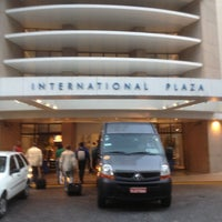 Foto tirada no(a) Transamerica Prime International Plaza por Fayez T. em 11/22/2012