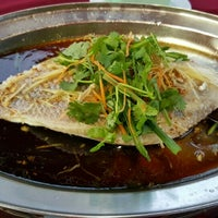 Photo taken at One One Three Seafood Restaurant (日日生海鲜饭店) by Sooraj X. on 4/3/2016