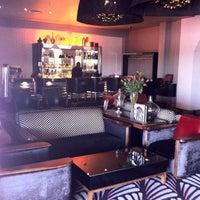 9/18/2012 tarihinde Sasi C.ziyaretçi tarafından Protea Hotel Fire & Ice'de çekilen fotoğraf