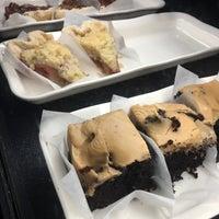 7/12/2016에 Sundee H.님이 Munchies Coffee House and Bakery에서 찍은 사진