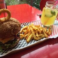 5/25/2016 tarihinde Cagri A.ziyaretçi tarafından That's Burger'de çekilen fotoğraf