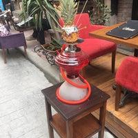 6/23/2018 tarihinde Melis .ziyaretçi tarafından Rose Cafe & Nargile'de çekilen fotoğraf