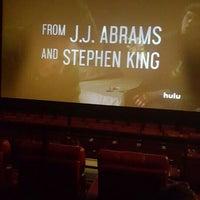 Das Foto wurde bei AMC Starplex Cinemas Loudoun Luxury 11 von Seyhun B. am 3/2/2016 aufgenommen