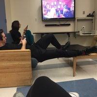 Das Foto wurde bei NYU Founders Residence Hall von Brianna Y. am 1/11/2016 aufgenommen