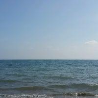 Photo taken at Tece Plajı by Yahya A. on 10/10/2016