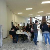 """Foto scattata a Edificio 13 """"Trifoglio"""" (Aule T) da Gianluca M. il 3/25/2013"""