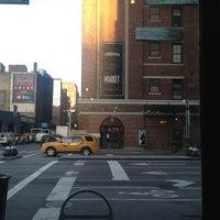 Das Foto wurde bei Starbucks von Jan-Nicolas V. am 12/24/2012 aufgenommen